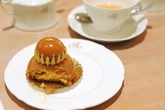 Religieuse of Caramel with Fleu de Sel