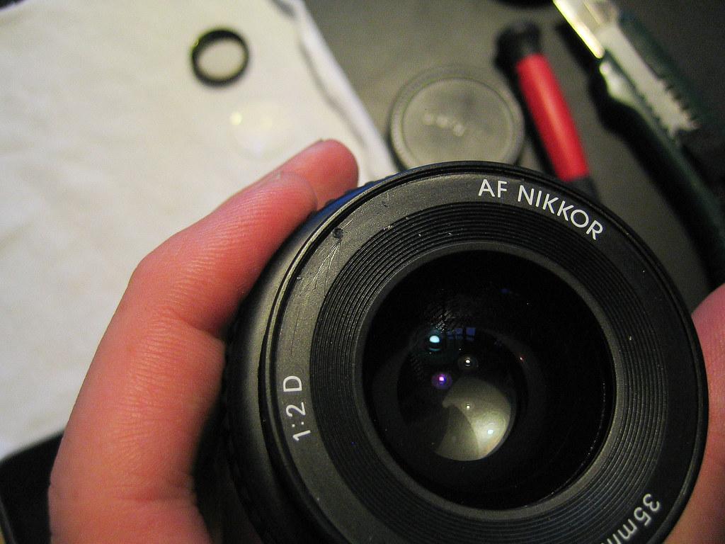 A necessary scratch - Nikon 35mm f2 repair 15