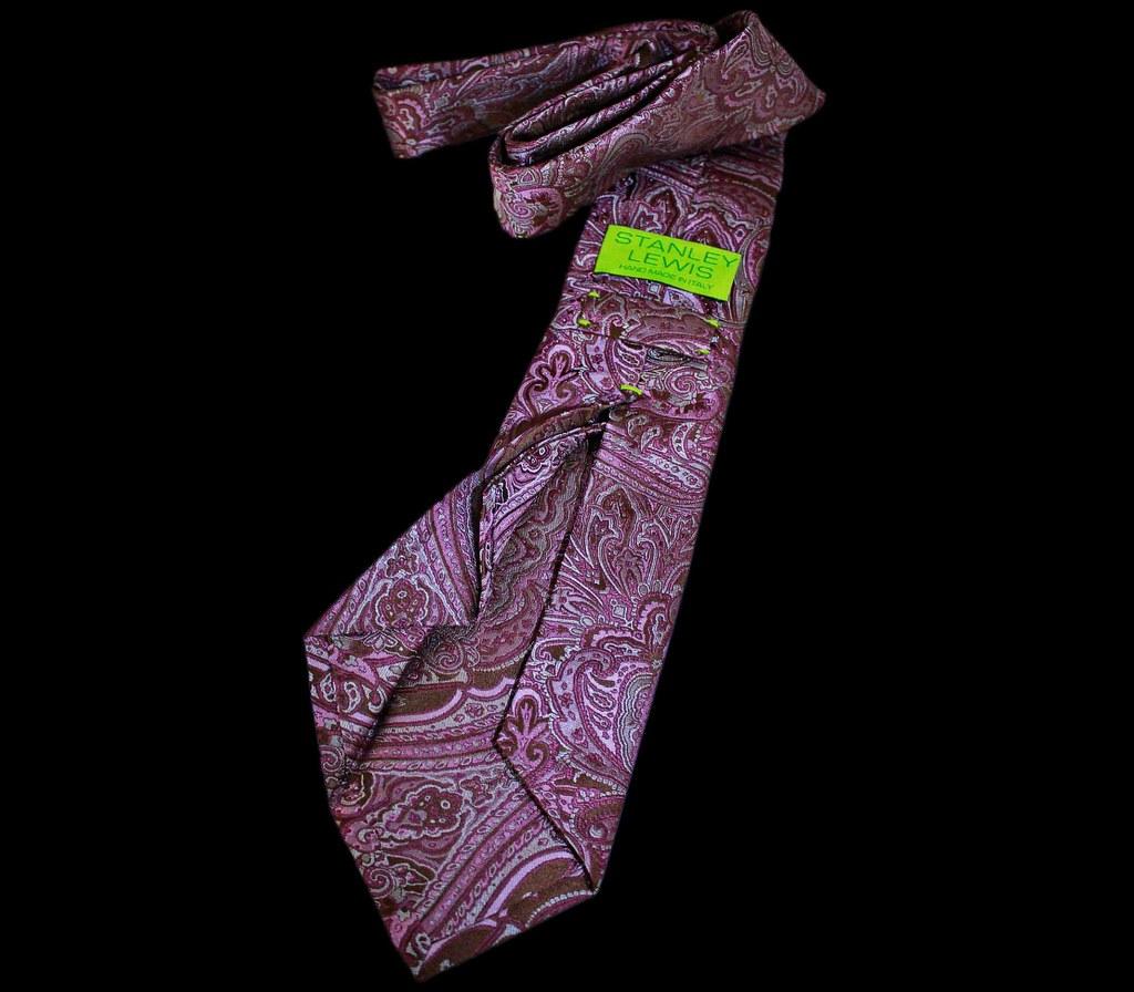 Stanley Lewis Cachet Mauve Paisley Seven Fold Tie