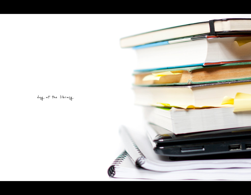 Project 365, Day 335, 335/365, bokeh, strobist, books, laptop, netbook, library, against white, white background, Sigma 50mm F1.4 EX DG HSM, 50 mm,