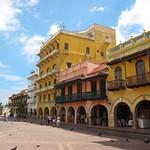 "Calle de los Dulces <a style=""margin-left:10px; font-size:0.8em;"" href=""http://www.flickr.com/photos/14315427@N00/5921751059/"" target=""_blank"">@flickr</a>"