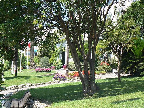 jardins fleuris.jpg