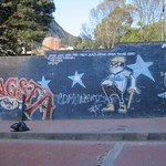 "Street Art <a style=""margin-left:10px; font-size:0.8em;"" href=""http://www.flickr.com/photos/14315427@N00/5924132922/"" target=""_blank"">@flickr</a>"