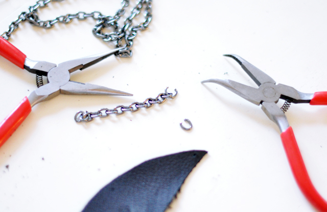 DIY leather feather keyfob 5
