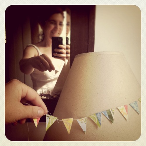 A mini bday bunting for tonight's cake!
