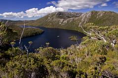 tasmania 2011 - ea cradle mountain cp (liam.jon_d) Tags: park mountain lake alps landscape nationalpark dove australian australia alpine national tasmania np popular cradle dovelake tasmanian cradlemountain montane billdoyle popularimset