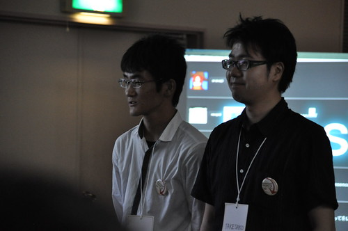 工業高校から発表しに来てくれたsn_monochrと、さそってくれたTAKESAKOさん