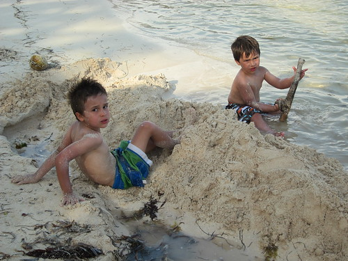 Breaking sand world