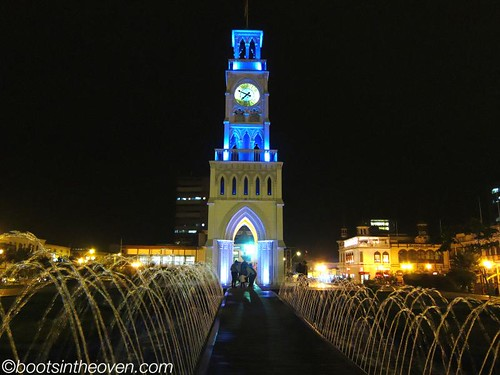 Clock tower and fountain, Iquique