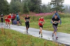 Deštivý víkend nabízí vrchy, silnici i dráhu