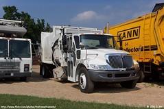 Kann Side Loader Demonstrator (TheTransitCamera) Tags: truck body iowa trucks refuse recycling manufacturing guttenburg kann