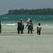 Familia inteira na praia