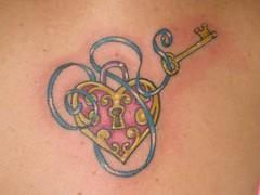 IMG_2241 (LauraBeeBennett) Tags: tattoo tattoos startattoo napacalifornia winecountrycalifornia hearttattoos tattooladies winecountrytattoos napacaliforniatattoos flyingcolorstattoo myapprenticeisalittlemonster