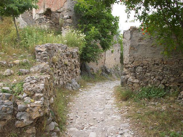 希臘廢墟的巷弄