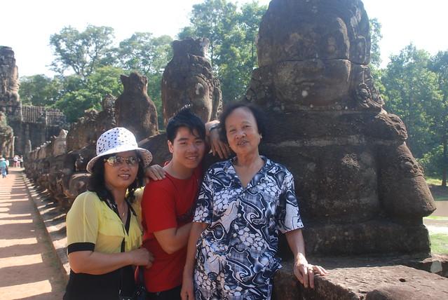 Minh - Phong - Mum
