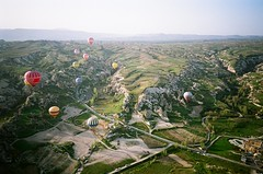 Hot Air Balloon in Greme, Turkey (ChihPing) Tags: trip travel blue hot film sunrise turkey iso100 minolta air balloon scooter hotairballoon agfa ultra cappadocia greme goreme tc1