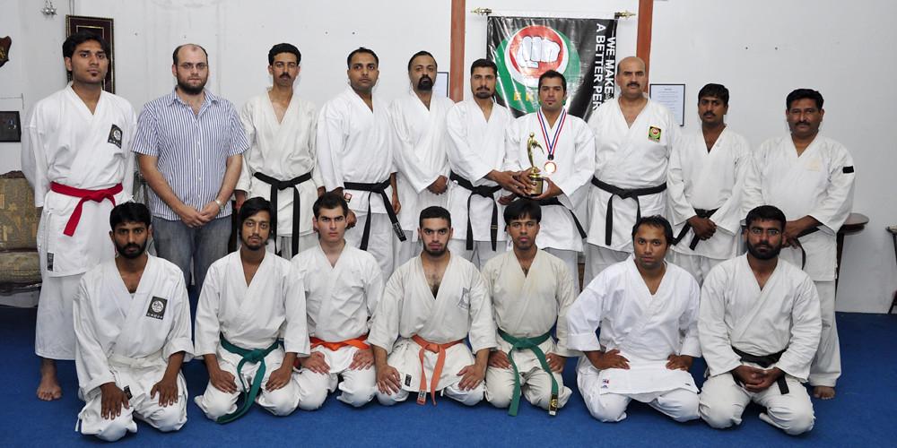Group photo honor of aamir mehboob karate ,  Best Player Award 2010 / 2011