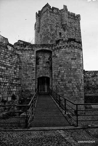 Castillo Coria 1