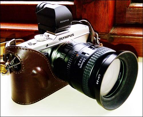 Olympus E-P3 Nikon 24mm f/2.8D