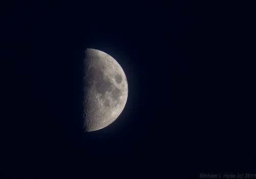 Moon 060811 by Mick Hyde