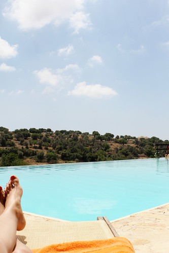 perfect poolside in ragusa, sicily