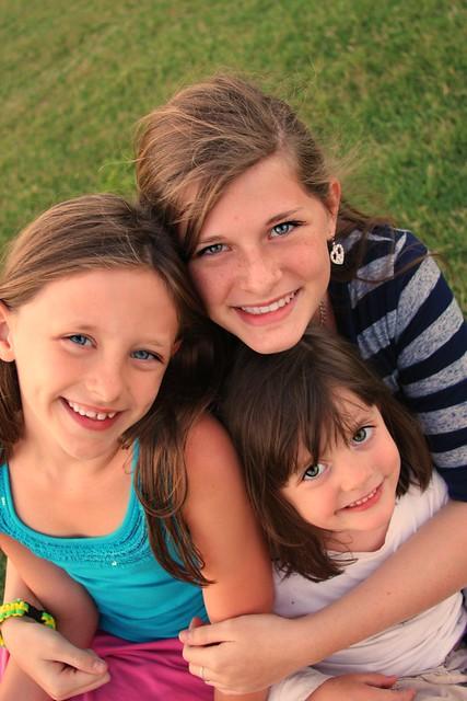girl trio okie