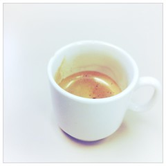 (SooSee.Q) Tags: white coffee squareformat mug espresso wordless cafesito wordlesswednesday