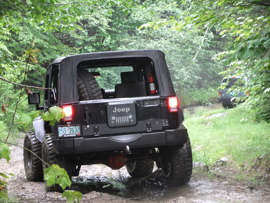 Why No Spare Tire The Top Destination For Jeep Jk White Sahara Lifted With Carrier And Led Tail Lights Wrangler News Rumors Discussion