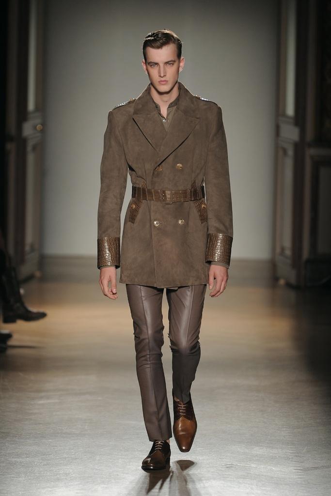 James Smith3491_SS12 Paris Smalto(Homme Model)