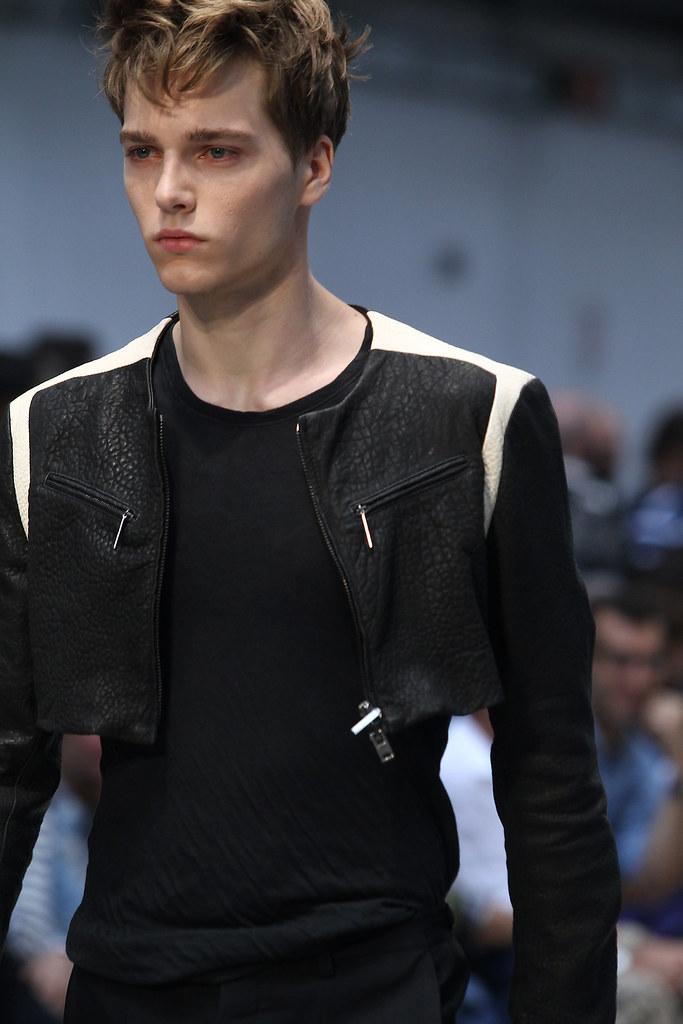 Lennart Richter3011_SS12_Milan_Costume National Homme(VOGUEcom)
