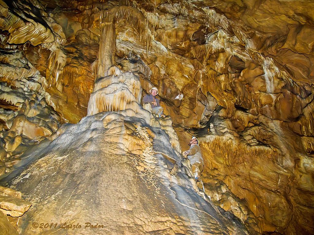 Great Room (Nagy Terem) karst formations - Hajnoczy Cave, Odorvar, Bukk National Park, Hungary