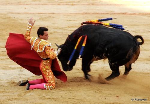 Sanfermines - Corrida de toros by Rufino Lasaosa