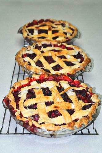 Mom's Strawberry Rhubarb Pie