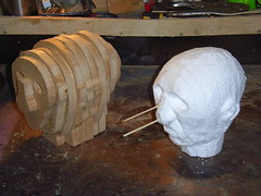 Automata heads: model and copy