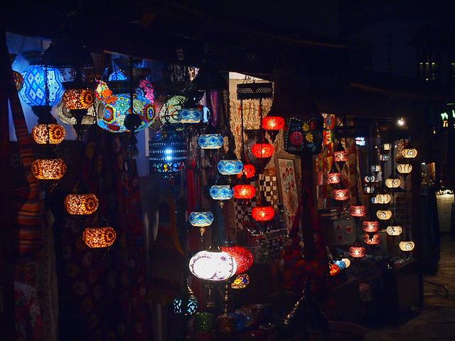 夜間的燈飾