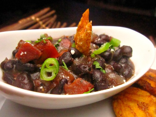 bewitched black beans (frijoles negras al brujo)