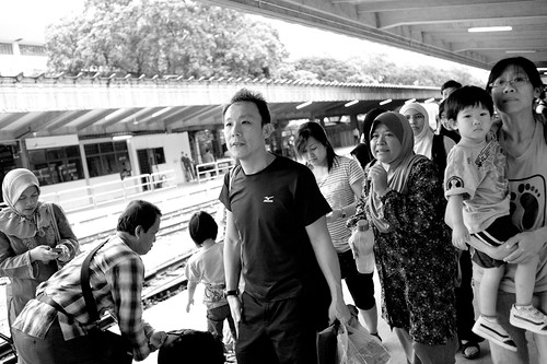 Passengers disembarking from train on the last day of Tanjong Pagar railway station.