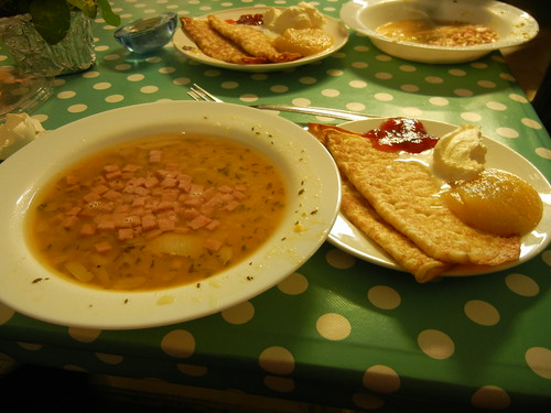 pea soup and pancakes