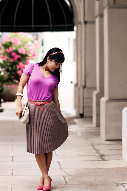 gap soft v-neck T ripened berry american apparel pleated skirt sand forever 21 coral cone pumps mk5430 forever 21 patent coral belt jeweled headband yesstyle sarah quilted chanel beige purse