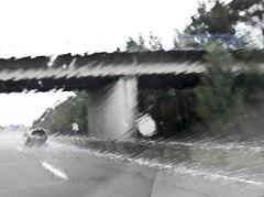 2010-08-15 highway Auxerre to Parijs 42 (ellapronkraft.) Tags: france highway hardrain auxerreparijs