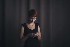 (Jose Torralba) Tags: portrait cortina girl chica retrato curtain thoughtful redhead melancholy melancolía pensativa