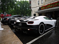 Qatari standards. (Niklas Emmerich Photography) Tags: red summer white black london rain toys al britain great july bin khalifa r million carbon thani coupe hamad cinque zonda koenigsegg sons supercars combo roadster 555 77777 maybach pagani 444 2011 worldcars hypercars agera arabcars xenatec