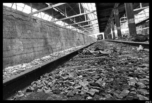 Vorsicht am Bahnsteig by int2k