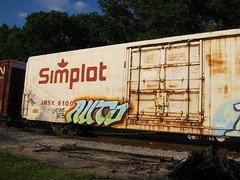 JRSX 6100 (Fan-T) Tags: auto ohio ice car train french graffiti frozen belt kent rust dry tagged fries 6100 freight simplot wle ebeer jrsx implot