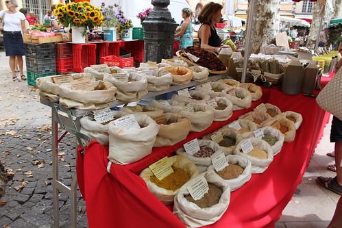 Profumatissime spezie - mercatino di Aix en Provence