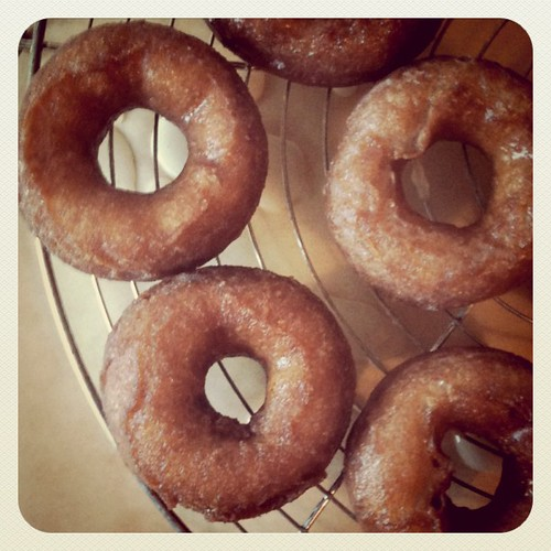 Old-fashioned Sour Cream Glazed Donuts