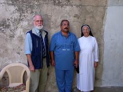 """Schwester Maria kümmert sich um Flüchtlinge in Teleskof • <a style=""""font-size:0.8em;"""" href=""""http://www.flickr.com/photos/65713616@N03/5998657161/"""" target=""""_blank"""">View on Flickr</a>"""