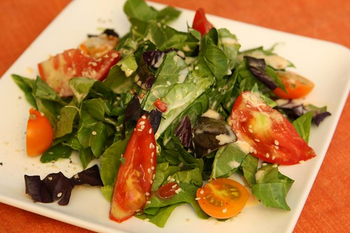 Spinach Salad with Creamy Sweet Chili Dressing