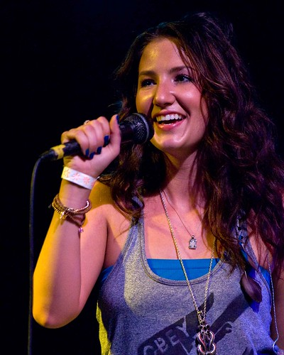 Katie Armiger @ Hayley's Bar, Everett 7-28-11 by Kirk Stauffer