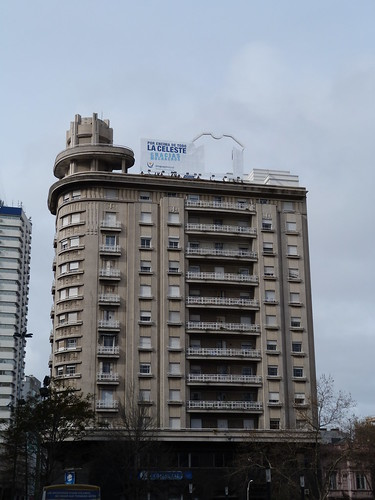 Edificio Tapié, Montevideo